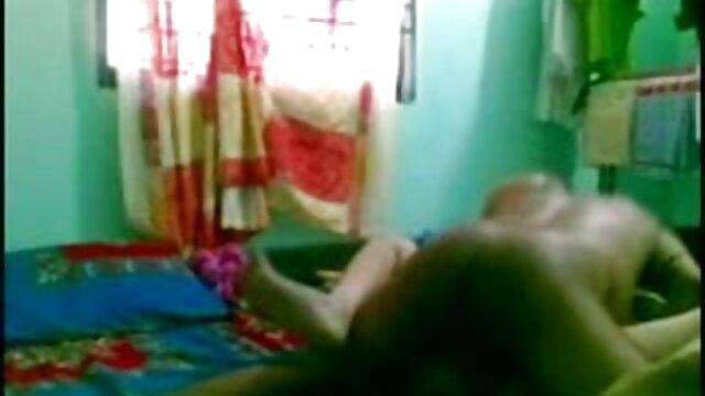 गुलाबी में कैटी हिंदी सेक्सी मूवी वीडियो