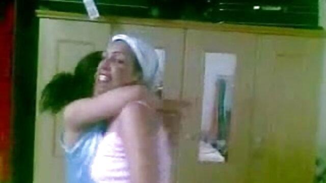 मैडी ओ'रिली सेक्सी मूवी हिंदी एचडी और ली लेक्स के साथ एयर एक्शन गर्ल ऑन गर्ल एक्शन