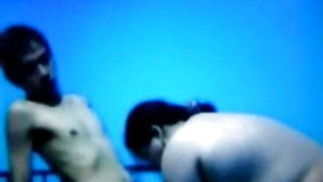 फूहड़ एमेच्योर सेक्सी मूवी हिंदी मूवी वेबकैम पर सेक्स किया है
