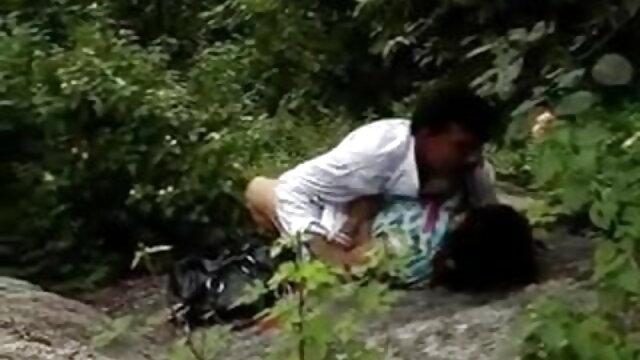 पापा - नकाबपोश इटालियन ब्लोंड कूगर हो जाता सेक्सी फुल मूवी हिंदी वीडियो है टक्कर