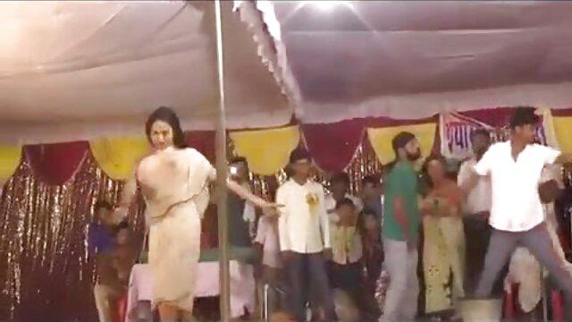 स्टैग पार्टी हिंदी में सेक्सी वीडियो मूवी