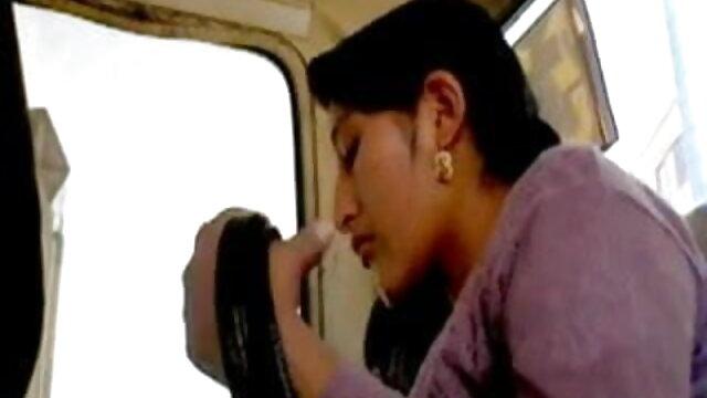 समलैंगिक प्यार की सेक्सी मूवी हिंदी माई खोज किशोर।