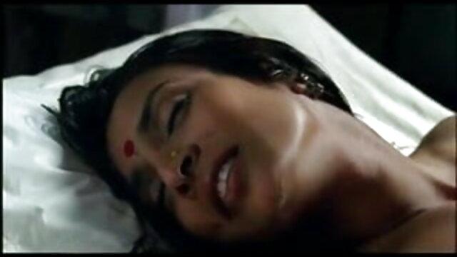 विकीर्ण एक परिपूर्ण हिंदी सेक्स मूवीस मस्ती संकलन