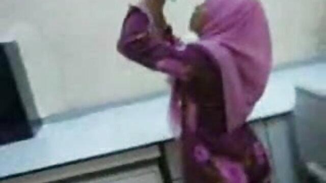 किशोर पटाया हिंदी सेक्सी वीडियो फुल मूवी लड़की BJ-by PACKMANS