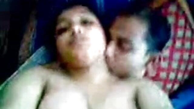 उसके काले प्रेमी के साथ परिपक्व हॉटवाइफ भोजपुरी सेक्सी हिंदी मूवी