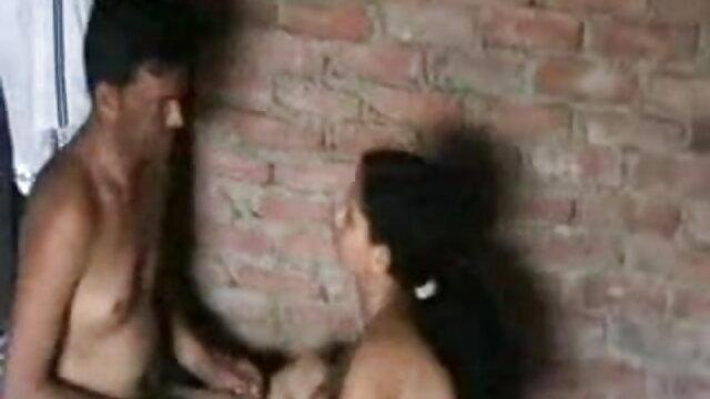 डीटीडीआर को न्यू सेक्सी हिंदी मूवी डीप थ्रोटिंग के बाहर गर्म गोरा