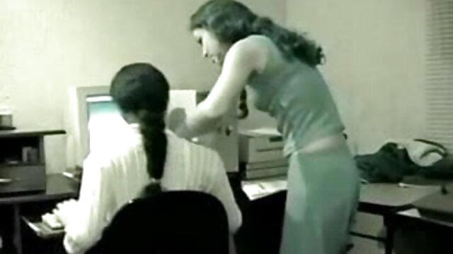 दो बार सोचें कि क्या आपका जीएफ ट्रेन से यात्रा मूवी सेक्सी हिंदी में वीडियो करने का फैसला करता है