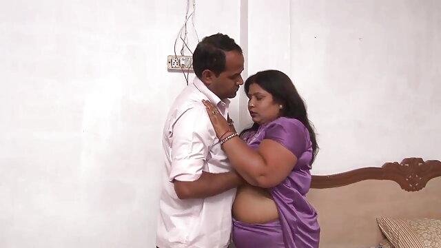 डीपी के हिंदी इंग्लिश सेक्सी मूवी साथ युवा बालों वाले एशियाई गैंगबैंग