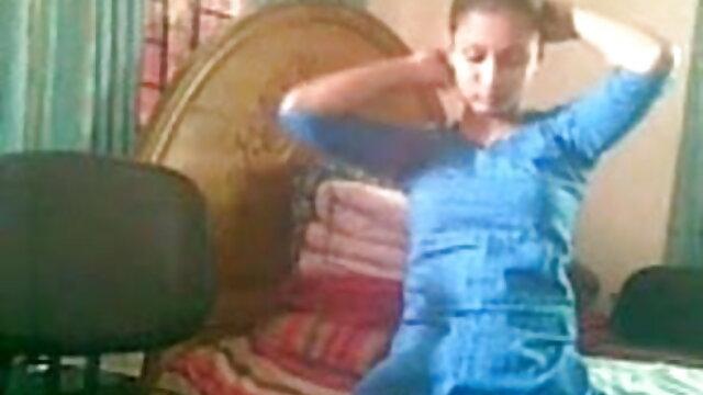एक हिंदी सेक्सी पिक्चर फुल मूवी वीडियो फूहड़ के साथ साक्षात्कार