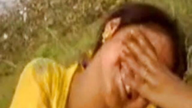Loona गुदा और squirts की कोशिश करता हिंदी सेक्सी मूवी 2 है