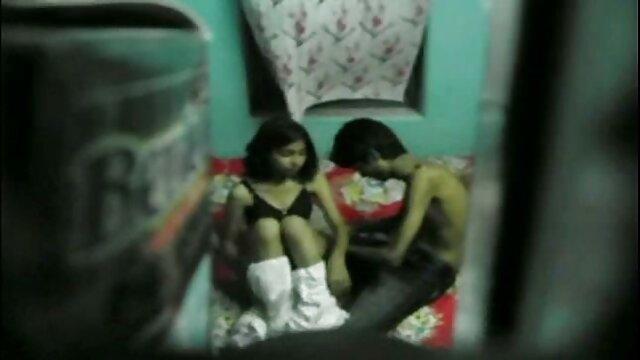 कंदी कुश वेल के साथ फेटग्यू फ्रेडी हिंदी में फुल सेक्स मूवी डीलिंग